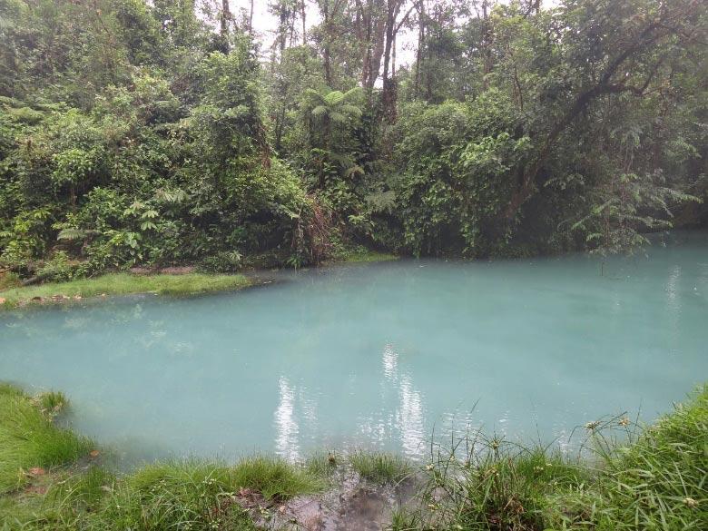 Río celeste Costa Rica 4
