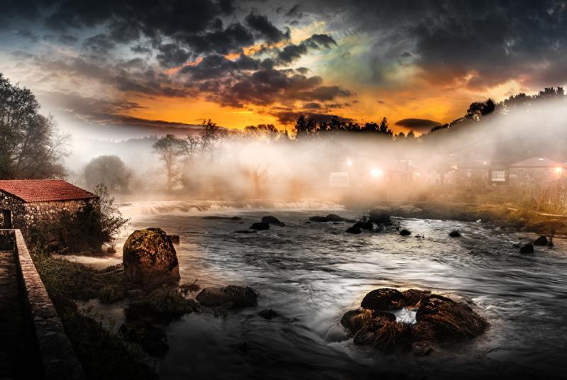 agua y niebla ponte maceira