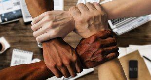 manos unidas equipo