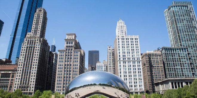 Chicago, al centro la Cloud Gate