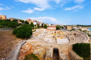 Anfiteatro en playa Miracle de Tarragona España