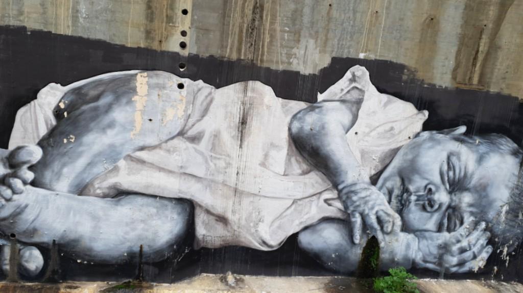 Bebé mural Bilbao