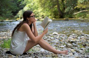 Estudiante mujer de turismo