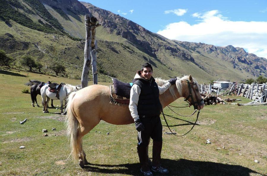 Caballo y Franco Mugas en el Chaltén