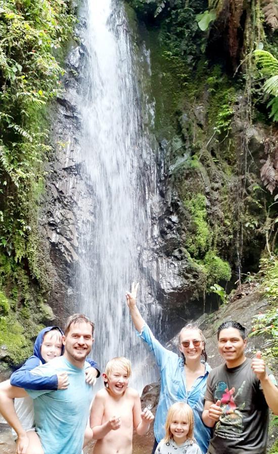 Cascada Escondida en Bellavista