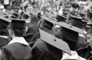 Estudiantes graduados