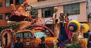 Fiesta de las Flores y de las Frutas en Ambato