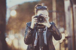 Fotógrafa mujer viajera