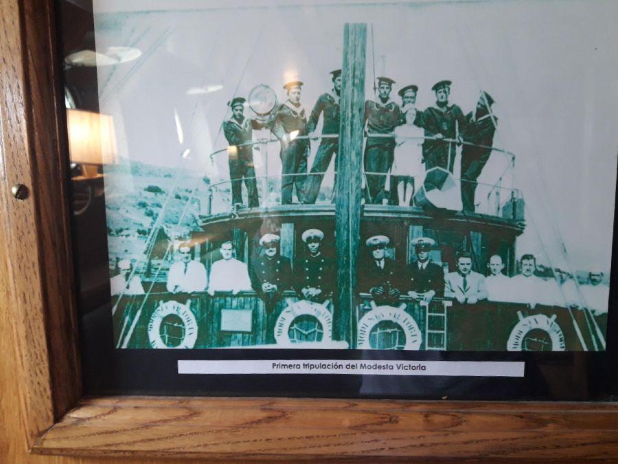 Primera tripulación del Modesta Victoria