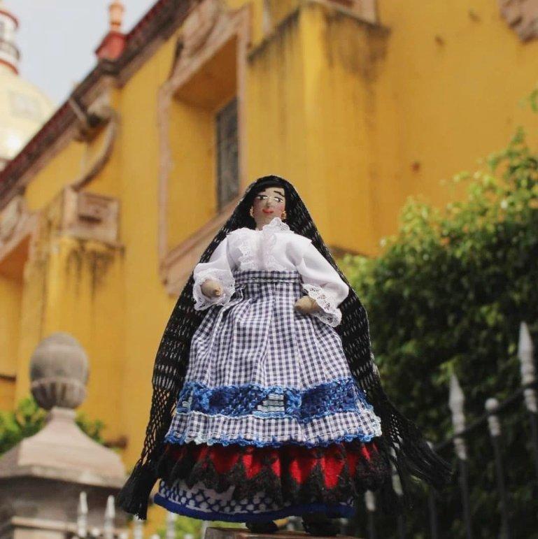 Muñecas artesanales de Celaya