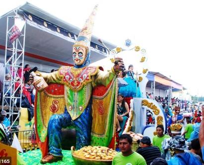 Tradicional disfraz de Clon