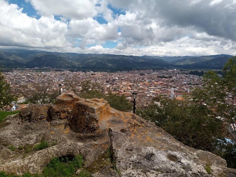 Vista de Cajamarca desde la Silla del Inca en Santa Apolonia