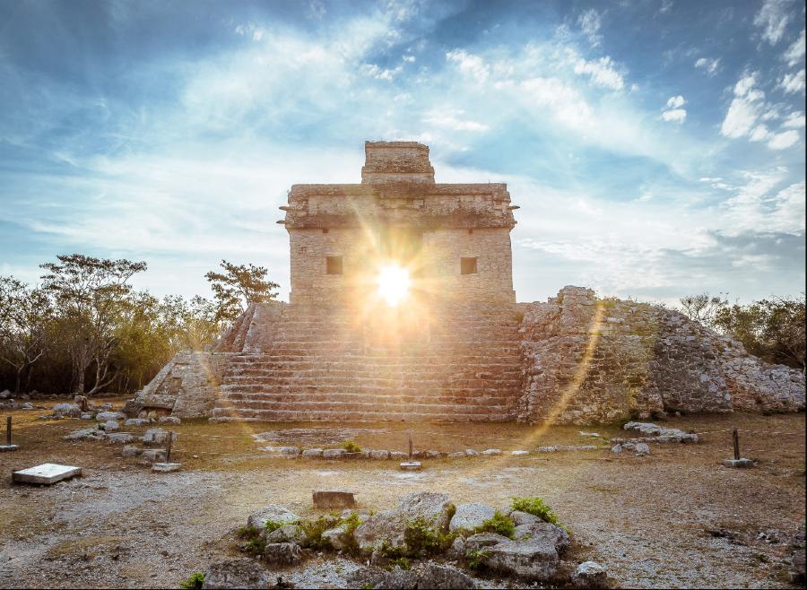 Zona Arqueológica de Dzibilchaltún