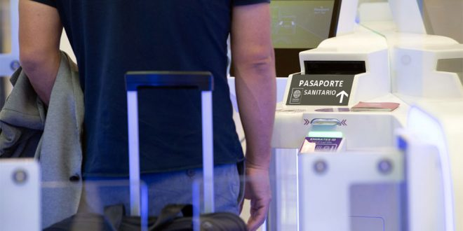 pasaporte sanitario aeropuerto