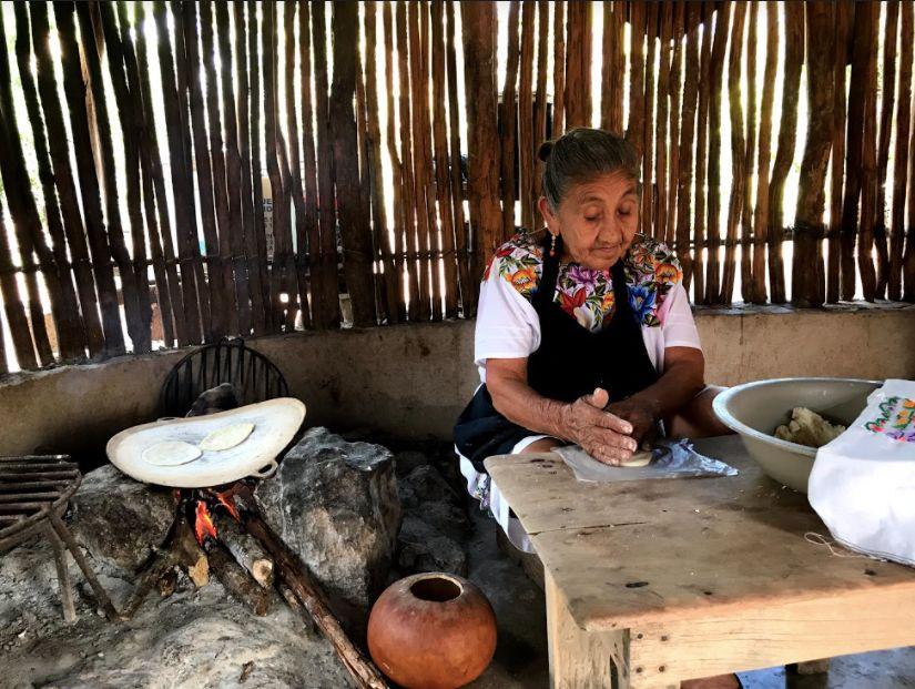 Doña Clotilde en Maní, Yucatán
