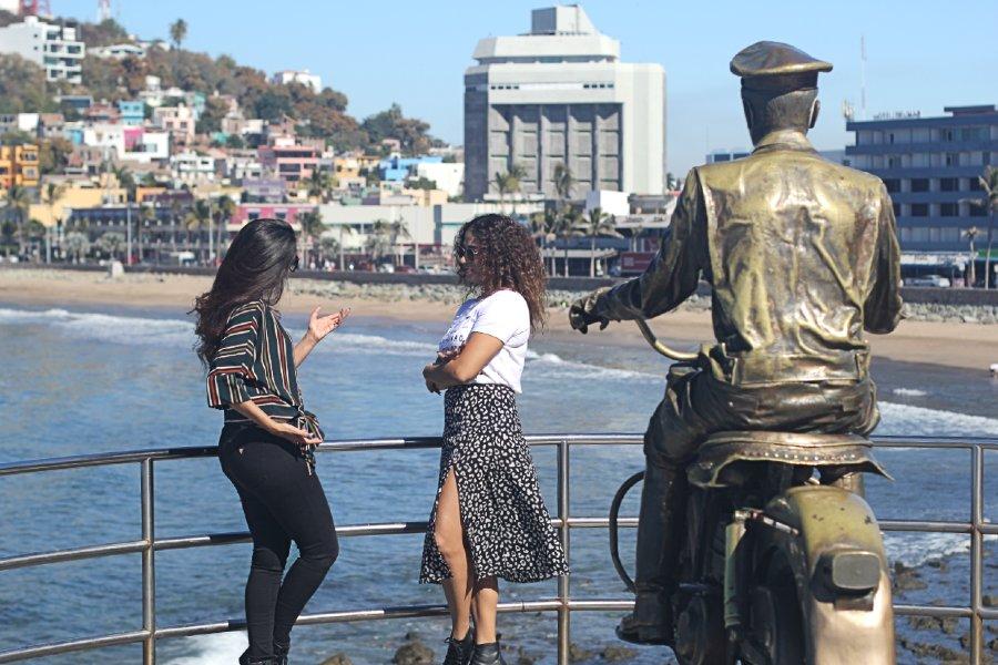 Estatua de Pedro Infante Mazatlán