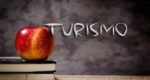 ¿Qué tipo de materias cursa un estudiante de turismo?