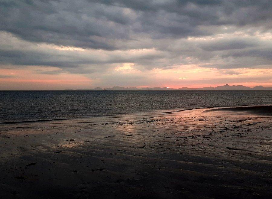 Amanecer en Playa El Mogote