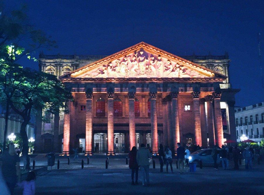 Teatro Degollado de noche