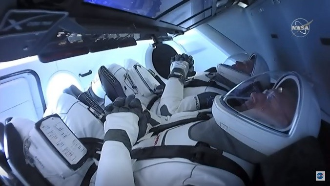 Vuelo de Space X desde la estación de la NASA