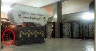 En el cementerio Presbítero Maestro