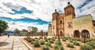 Templo de Santo Domingo de Guzmán en la ciudad de Oaxaca